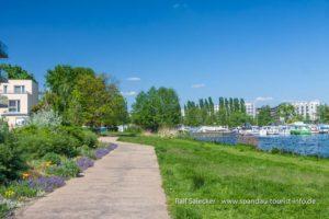 An der Havel entlang gen Norden (Foto: Ralf Salecker)
